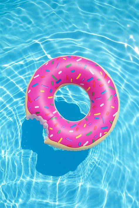 9 Awesome Pool Floats Every Food Lover Should Own | Summer