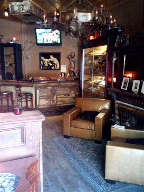 New York's Best Cigar Lounges - Fine Tobacco NYC