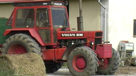 Harvest 2012 Volvo BM 2654 Tractor with trailer - YouTube