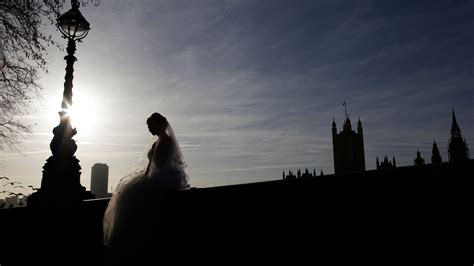 Exposure: The sham marriage racket - how to buy your way
