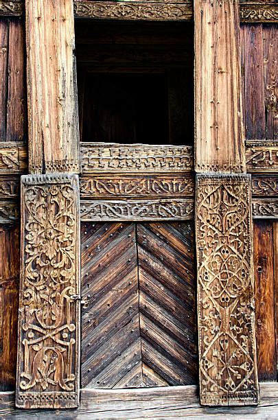 Best Viking Wood Carving Stock Photos, Pictures & Royalty
