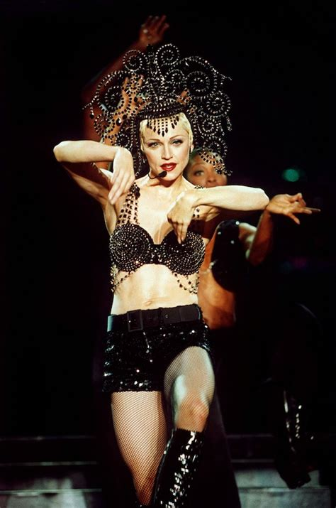 Today in Madonna History: September 25, 1993 « Today In