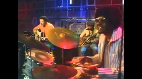 Bill Withers - Ain't No Sunshine, THE DRUMMER - YouTube