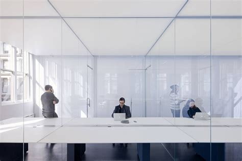 Logan Offices / SO-IL | ArchDaily