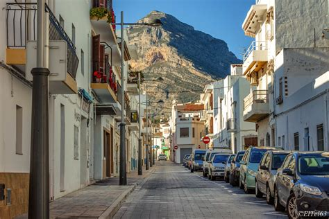 Javea/Xabia old town | A street in the old town with