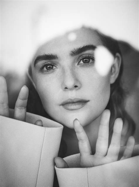 ZOEY DEUTCH GOES ALL IN FOR 'FLOWER' | THE LAST MAGAZINE